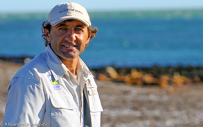 Park Ranger orcas punta norte peninsula valdes