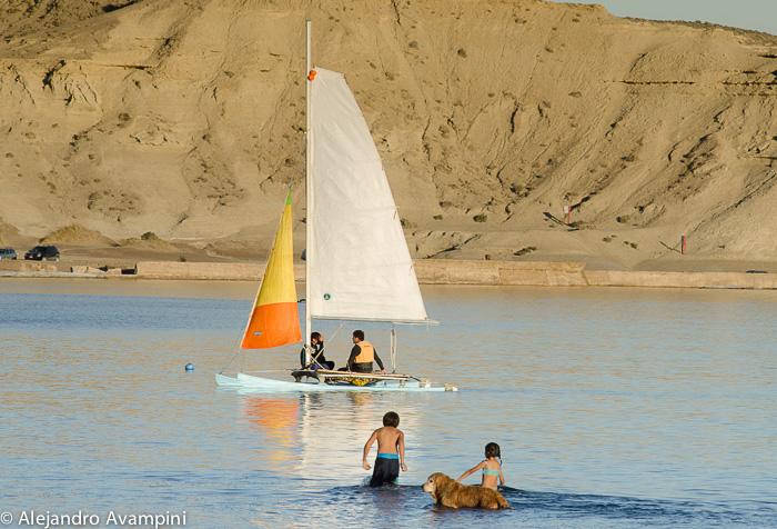 Playa en Verano en Puerto Pirámides